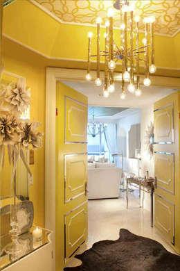 Projekty,  Salon zaprojektowane przez Saloni Design