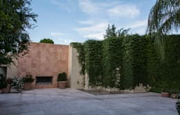 Patio central : Jardines de estilo ecléctico por CH Proyectos