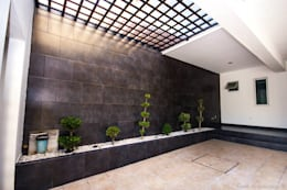 modern Garage/shed by Cenit Arquitectos