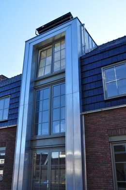 Pakhuiswoning Langedijk: industriële Huizen door Nico Dekker Ontwerp & Bouwkunde