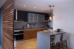 Proyecto PH Las Flores: Cocinas de estilo moderno por Basch Arquitectos