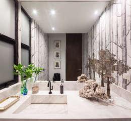 Baño de Visitas / Powder: Baños de estilo  por WRKSHP arquitectura/urbanismo