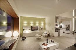 modern Living room by Lopez-Fotodesign