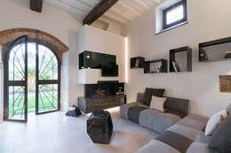 modern Living room by B+P architetti