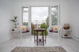 minimalistic Living room by LMB Loft Conversions