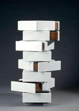 moderne Woonkamer door Mirko Danckwerts Möbelgestaltung