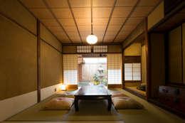 Hoteles de estilo  por 株式会社高岡