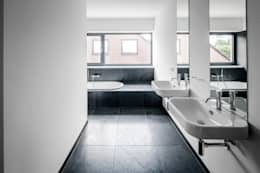 modern Bathroom by Corneille Uedingslohmann Architekten