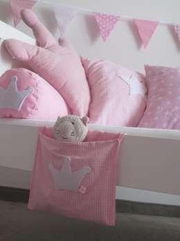 modern Nursery/kid's room by allesausliebe