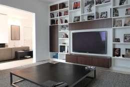 modern Media room by beyond REAL ESTATE
