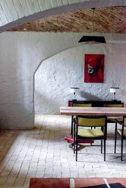eclectic Dining room by Loft Kolasiński