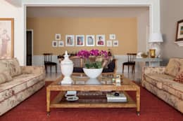 غرفة المعيشة تنفيذ Marcia Pellegrini Designer + Interiores