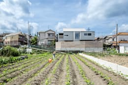 Rumah by 藤森大作建築設計事務所