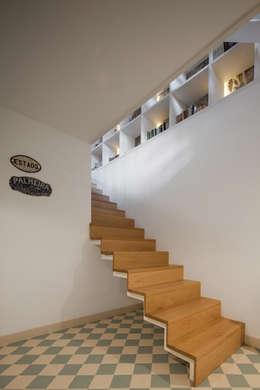Corridor and hallway by Floret Arquitectura
