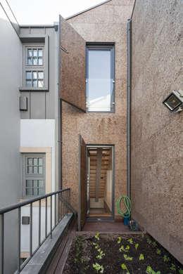 moderne Huizen door Floret Arquitectura