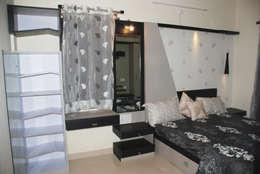Magarpatta project: modern Bedroom by VGA Designers