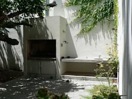 Paula Mariasch - Juana Grichener - Iris Grosserohde Arquitectura: modern tarz Bahçe