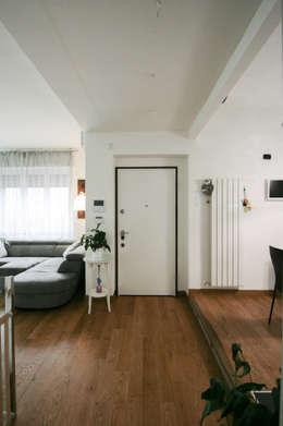 Corridor, hallway by Marco D'Andrea Architettura Interior Design