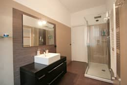 modern Bathroom by Marco D'Andrea Architettura Interior Design