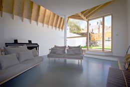 Salas de estar modernas por Forrester Architects