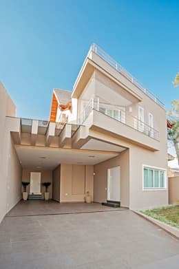 Patrícia Azoni Arquitetura + Arte & Design: modern tarz Evler