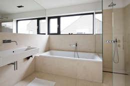 modern Bathroom by Corneille Uedingslohmann Architekten