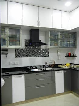 3BHK apartment: modern Kitchen by Interiors By Suniti