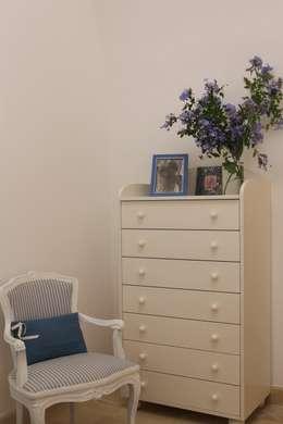 Chambre de style de style Méditerranéen par cristina mecatti interior design