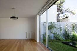 mediterranean Living room by EXTRASTUDIO