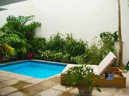 مسبح حديقة تنفيذ PORTO Arquitectura + Diseño de Interiores