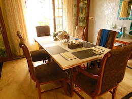 Residence.: modern Dining room by Rita Mody Joshi & Associates