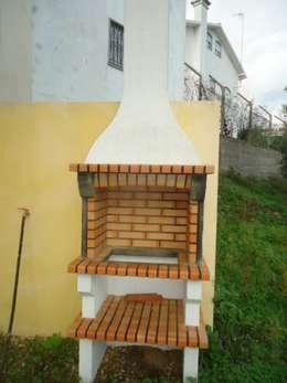 rustic Kitchen by Atádega Sociedade de Construções, Lda