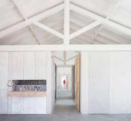 modern Kitchen by Atelier Data Lda