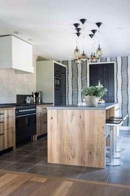 Interieurontwerp Villa: landelijke Keuken door Smeele   ontwerpt & realiseert
