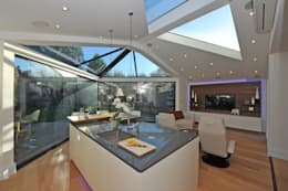 modern Living room by Paul Wiggins Architects