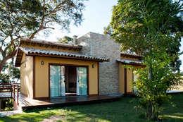 Projekty, wiejskie Domy zaprojektowane przez L2 Arquitetura