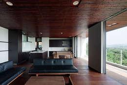 modern Living room by 根來宏典建築研究所