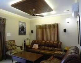 A cozy cottage feel Home.: modern Living room by Freelance Designer