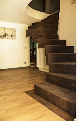 moderne Gang, hal & trappenhuis door LAD studio
