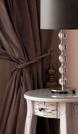 Appartement, 2010: Chambre de style de style Classique par ANNA DUVAL