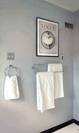 Salle de bain: Salle de bains de style  par ANNA DUVAL
