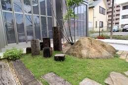 Сад  в . Автор – 平山庭店