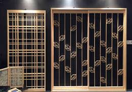 オリジナル組子モダン建具「リーフ」と「タータン: 有限会社種村建具木工所が手掛けた窓です。