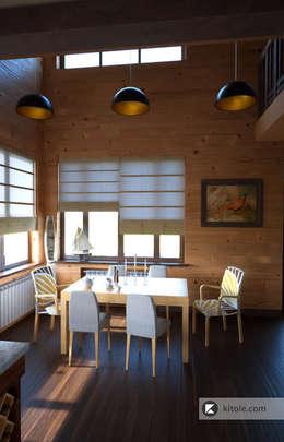 Загородный дом в Приозерске: Кухни в . Автор – Kitole