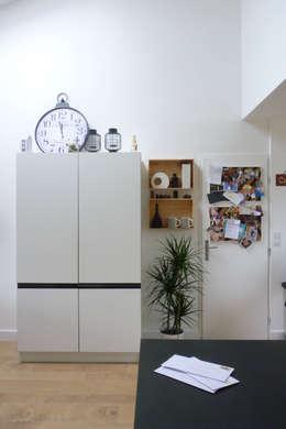 REAMENAGEMENT PIECE DE VIE: Cuisine de style de style Moderne par Amélie Jodeau Architecte