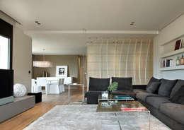 ruiz narvaiza associats sl: modern tarz Oturma Odası