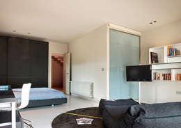 ruiz narvaiza associats sl: modern tarz Yatak Odası