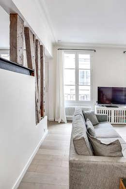 salon: Salon de style de style Moderne par cristina velani
