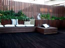 بلكونة أو شرفة تنفيذ Calleres - Architecture & Interior Design