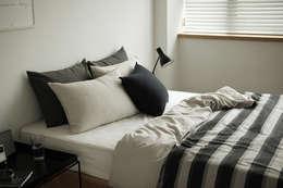 Bedding set (cotton) 15 Day and night: (주)이투컬렉션의  침실
